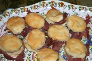 Appetizer Ham biscuits