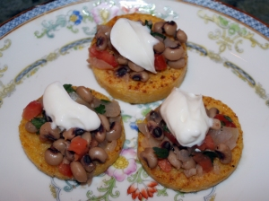 Starch Polenta with Black Eye Peas