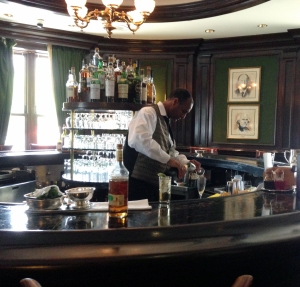 Round Robin Bar, The Willard